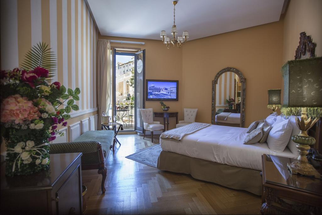 Best Hotels In Rome Italy Where To Stay In Rome Fashion Travel Accessories Royal Suite Trinità Dei Monti 9