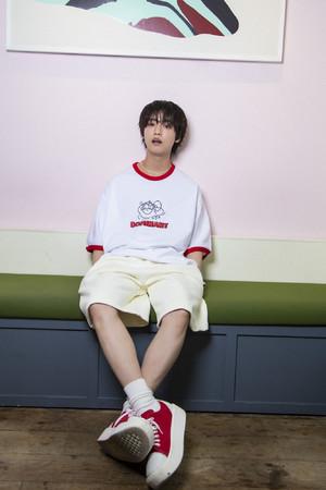 人気俳優ゆうたろうと韓国のストリートブランドDOMINANTが待望のコラボレーション!60%で期間限定予約販売スタート
