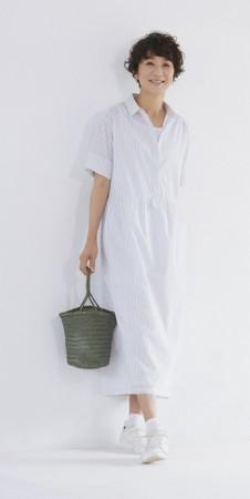 No.1女性誌「ハルメク」×人気モデル黒田知永子さん コラボ商品第2弾!着心地良く、おしゃれに自然な体型カバーができる「コクーンシャツワンピース」を発売