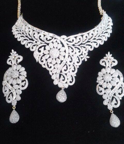 Elegant Diamond Jewellery Set Designs For 2015-16 Parites 9