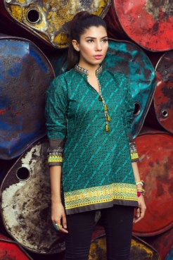 Winter Pret Kurtas Designs For Women By Khaadi 2015-16