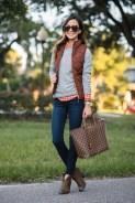 Women Puffer Vest Designs For This Fall Season