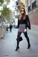 Black Tights Winter Outfits Trends For Women 16