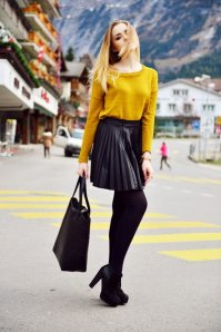 Black Tights Winter Outfits Trends For Women 2