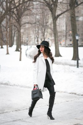Black Tights Winter Outfits Trends For Women 6