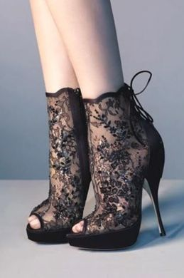 Lace High Heel Shoes To Wear On Parties