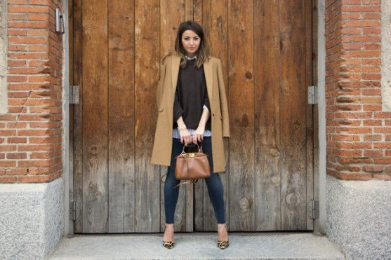 Layered Winter Outfits Women Should Wear 14