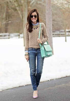 Layered Winter Outfits Women Should Wear 6