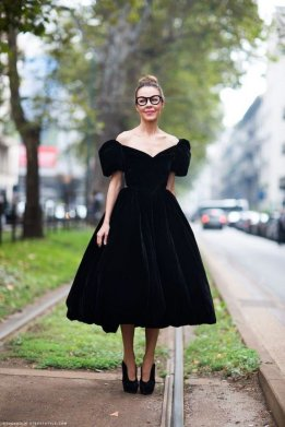 Women Velvet Dresses Winter Casual Street Style Looks 5