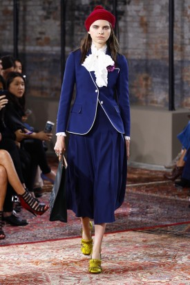 1-SHAUGHNESSY_BROWN_GUCCI_RESORT_2016_COURTESY_OF_GUCCI-6-275x412