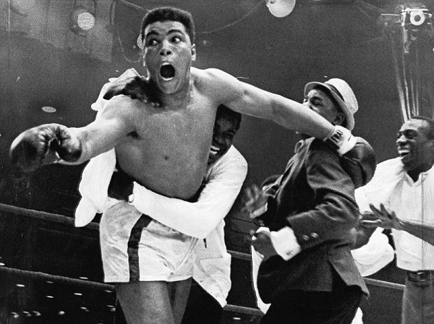 ÒEat your words!Ó Clay shouts defiantly at the ringside critics who insisted that Liston was unbeatable. 25 February 1964