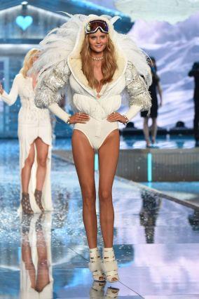 Kate Grigorieva walking the Victoria's Secret Fashion Show in the snow angels segment