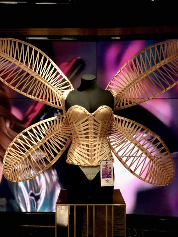 Karlie Kloss Tinkerbell Costume Victoria's Secret Fashion Show 2014