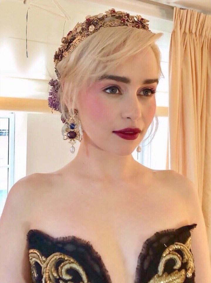 Close up shot of Emilia Clarke's makeup for the 2018 met Gala