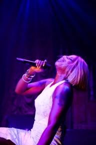 Mary J. Blige, (Performance)