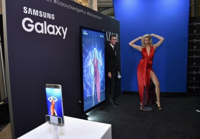 NEW YORK, NY - SEPTEMBER 16: Samsung Galaxy Selfie Station at the Harper's BAZAAR ICONS event Presented by Samsung Galaxy at The Plaza Hotel on September 16, 2015 in New York City. (Photo by Bryan Bedder/Getty Images for Samsung)