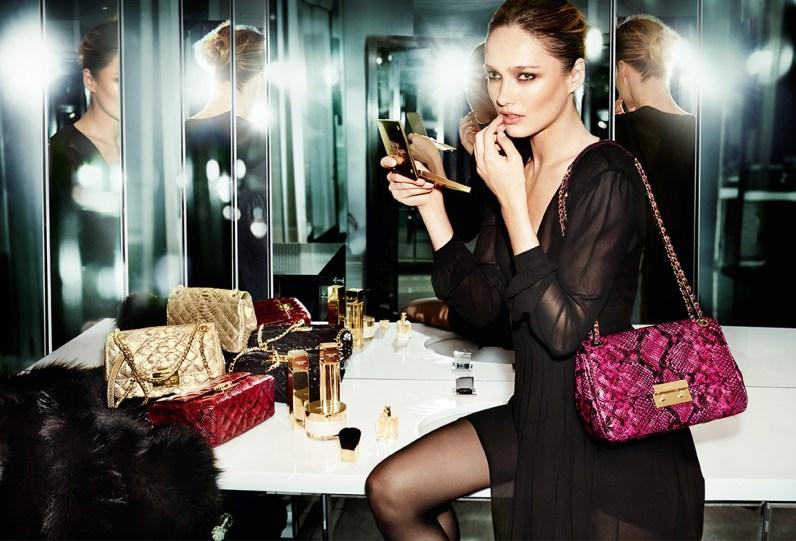 最受欢迎小黑裙打折喇!轻奢品牌MMK 特价区上新裙装额外7.5折!