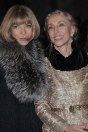 MILAN, ITALY - FEBRUARY 26: Anna Wintour and Franca Sozzani attend the Vogue.it Milan Fashion Week Womenswear Autumn/Winter 2010 show on February 26, 2010 in Milan, Italy. (Photo by Stefania D'Alessandro/WireImage)