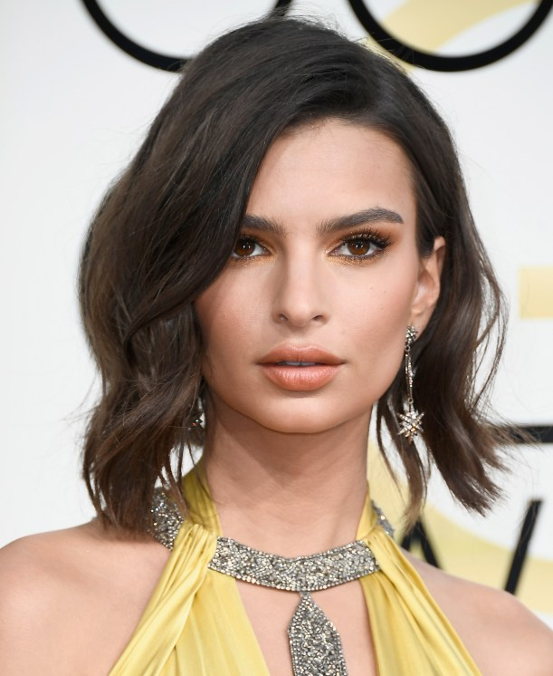 BEVERLY HILLS, CA - JANUARY 08: Actress/model Emily Ratajkowski attends the 74th Annual Golden Globe Awards at The Beverly Hilton Hotel on January 8, 2017 in Beverly Hills, California. (Photo by Frazer Harrison/Getty Images)