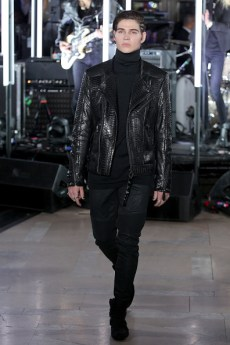 NEW YORK, NY - FEBRUARY 13: A model walks the runway wearing look # 7 for the Philipp Plein Fall/Winter 2017/2018 Women's And Men's Fashion Show at The New York Public Library on February 13, 2017 in New York City. (Photo by Thomas Concordia/Getty Images for Philipp Plein)