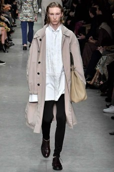 Burberry London Womenswear Fall Winter 2017 London February 2017