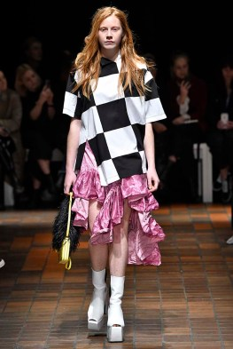 Marques Almeida London Womenswear Fall Winter 17 London February 2017