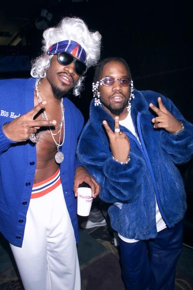 Andre (L) and Big Boi of Hip Hop Group OutKast on MTV's new interactive hip?Hop/R&B show, 'Direct Effect' in MTV's Times Square Studio's in New York City. The show is part of MTV's Spankin' New Music Week 2000. November 13, 2000 (Photo: Scott Gries/ImageDirect)
