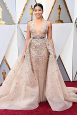 Gina Rodriguez in Zuhair Murad (Getty Images)