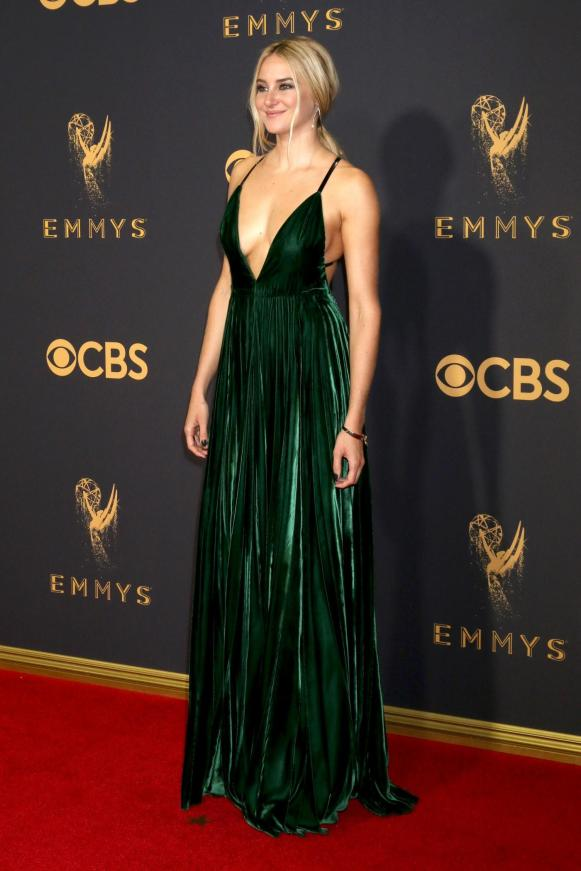 Shailene Woodley at the 2017 Emmy Awards, styled by Ilaria Urbinati. (Shutterstock)