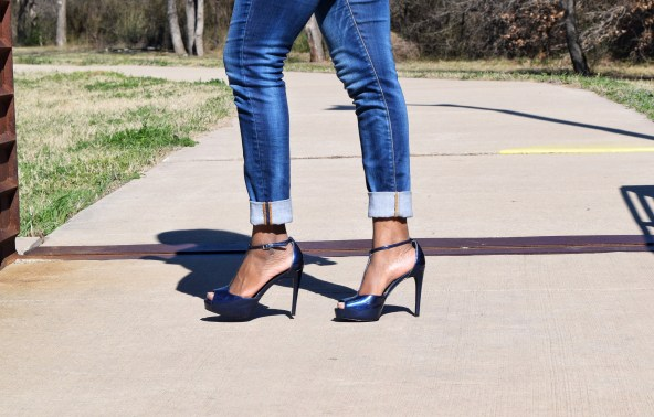 charles-david-blue-heels