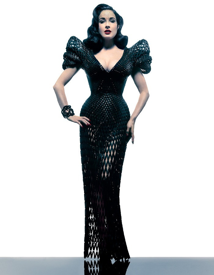 Michael Schmidt and Francis Bitonti created a 3-D printed dress for Dita Von Teese (2)