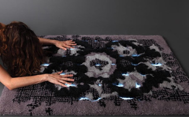 Dorith Sjardijn embedded electroluminescent material into a hand-tufted wool carpet called The Magical Carpet