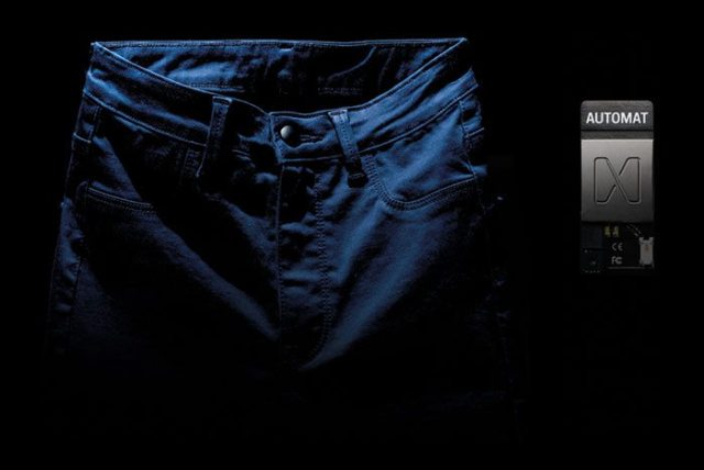 jeansnchip