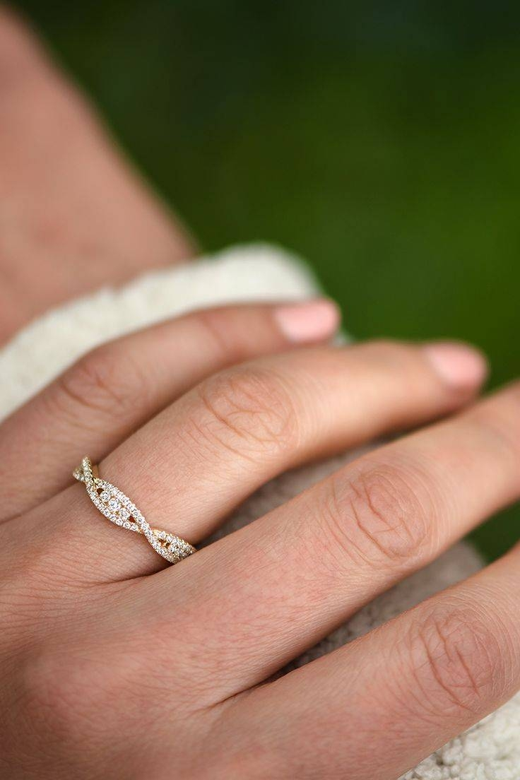 15 Ideas Of Wedding Rings To Go With Solitaire Engagement