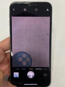 相機上的小黑點,壞掉的iphone x!! IPHONE X相機維修 更換電池