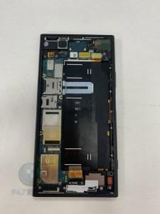 電池膨脹的SONY XZ1趕快來維修維修吧 SONY 手機維修