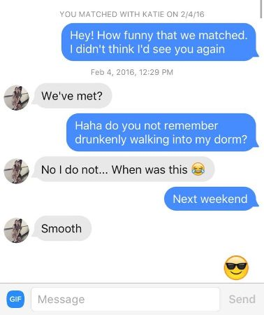9 Pro Tinder pick up lines that will work out instantly!