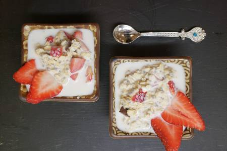Strawberry Chocolate Oatmeal