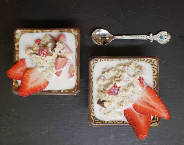 Strawberry Chocolate Oatmeal