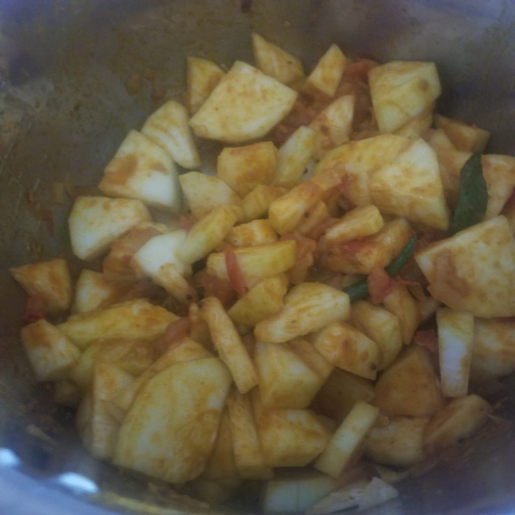 add lauki to instant pot