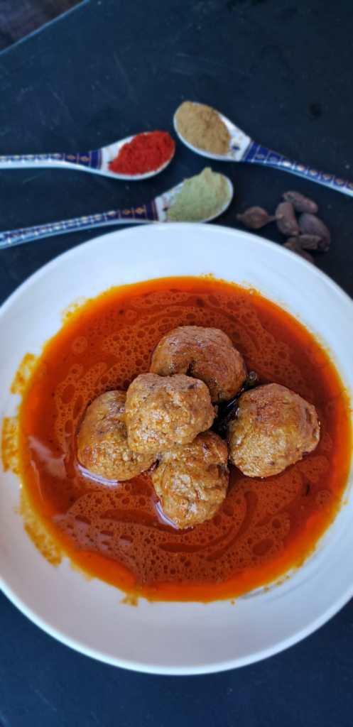 kashmiri chicken kofta curry