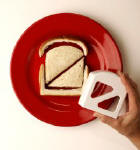 goodbites crustless sandwich cutter_small.jpg