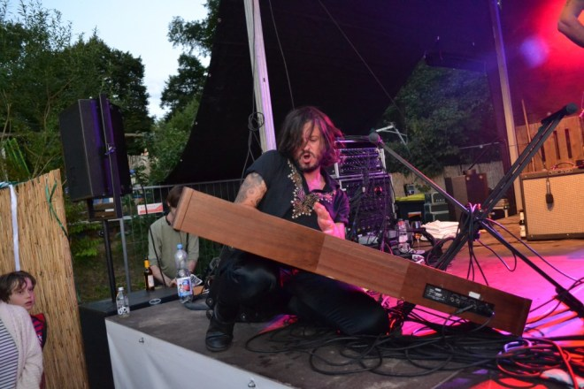 King Khan and the Shrines 2, live at By The Lake Festival, (c) Dörte Heilewelt