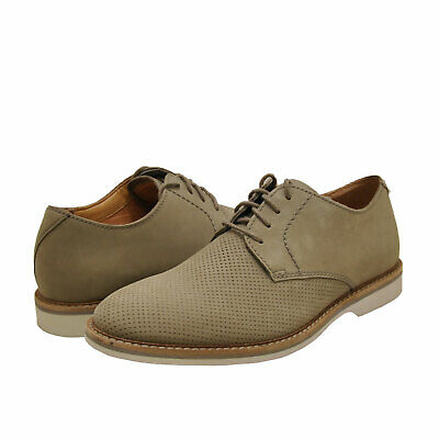 Clarks shoe