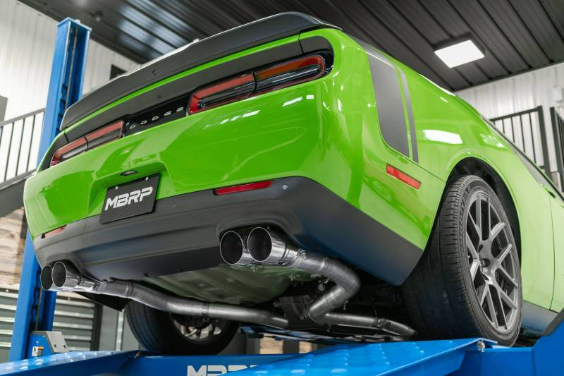mbrp street series cat back 3 dual split rear exhaust aluminized dodge challenger 6 4l 392 6 2l srt hellcat 2015 2021