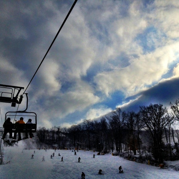 Find all information on the ski resort mountain creek nj with trail map, ticket prices, webcams, snow report and reviews. Mountain Creek 50 Tips