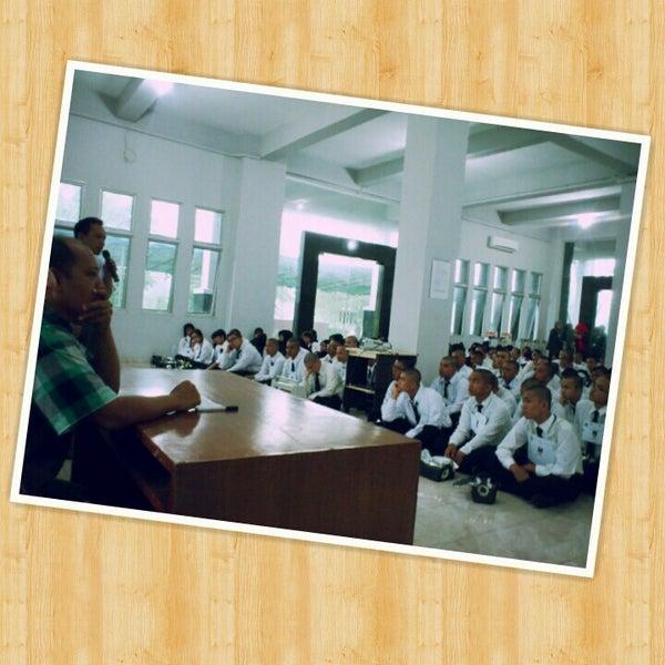 Di gedung kembar b fakultas ilmu komputer dan teknologi informasi usu medan. Photos At Fakultas Ilmu Komputer Dan Teknologi Informasi Fasilkom Ti Usu College Academic Building In Medan