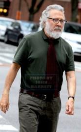 DUSTIN HOFFMAN on the movie set of ''Ydkk'' or'' Yen Din Kia Kissa'' on west 78st 3-10-2016 John Barrett/Globe Photos 2016