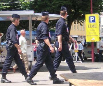 The Police demand more resources, the executive is considering new pants