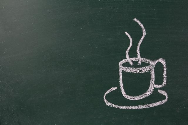 黒板に描いたコーヒー